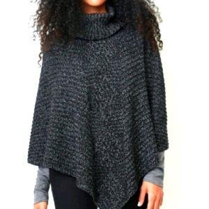 ROOTS-Turtleneck Knit Cape (One size)